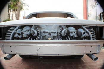Car - Skull artwork