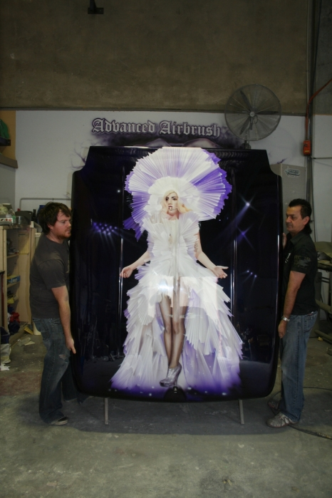 Hardcover for Ute - Lady Gaga