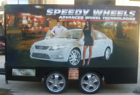 Trailer - Speedy Wheels outside 400